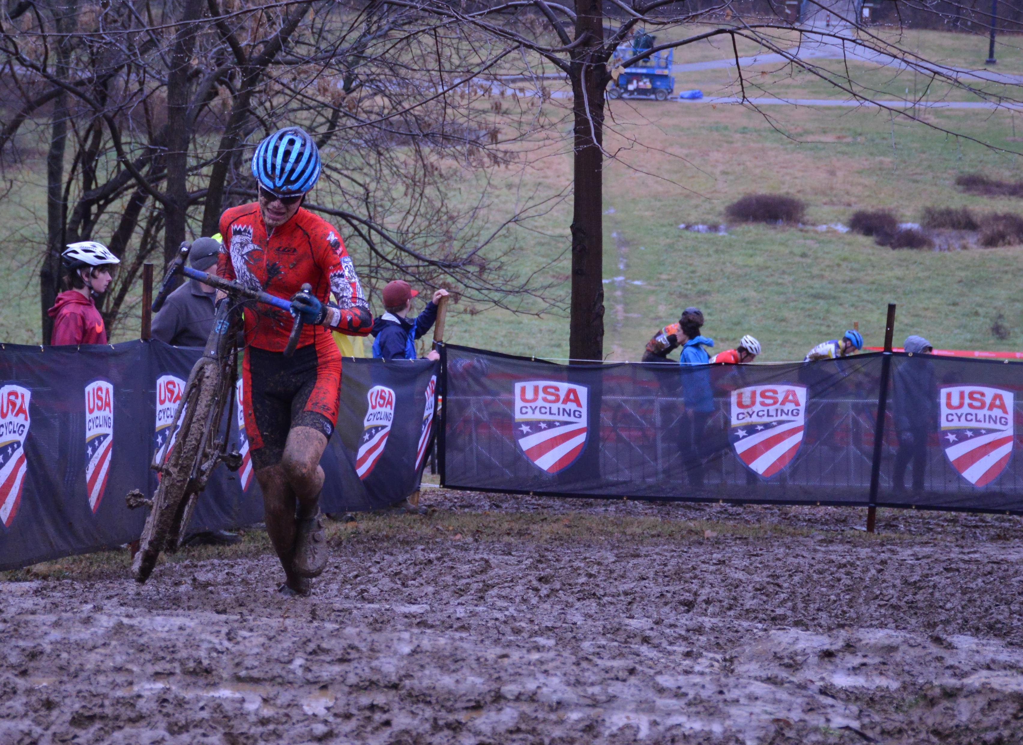 Ivan Gallego Wins Jr Men 15/16 CX National Championship!