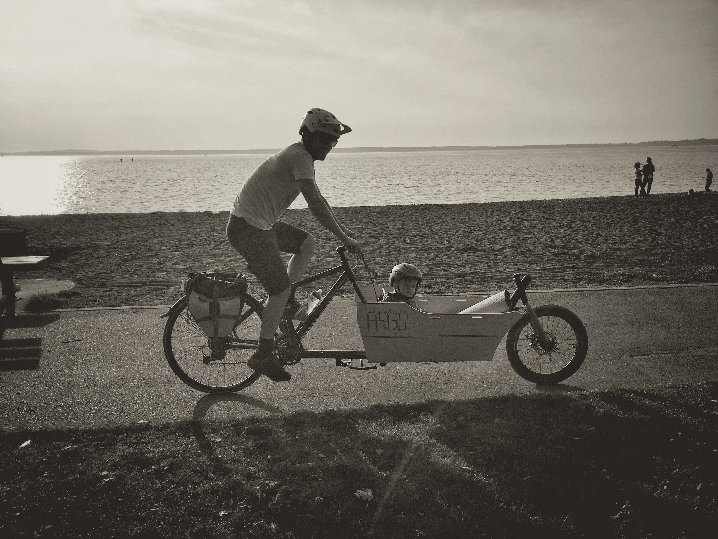 A Dew Reimagined Turns into the Ultimate Cargo Bike