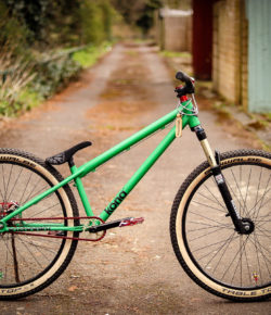 Kona Dream Builds: Martin's mean, Green Dirt Jump Machine