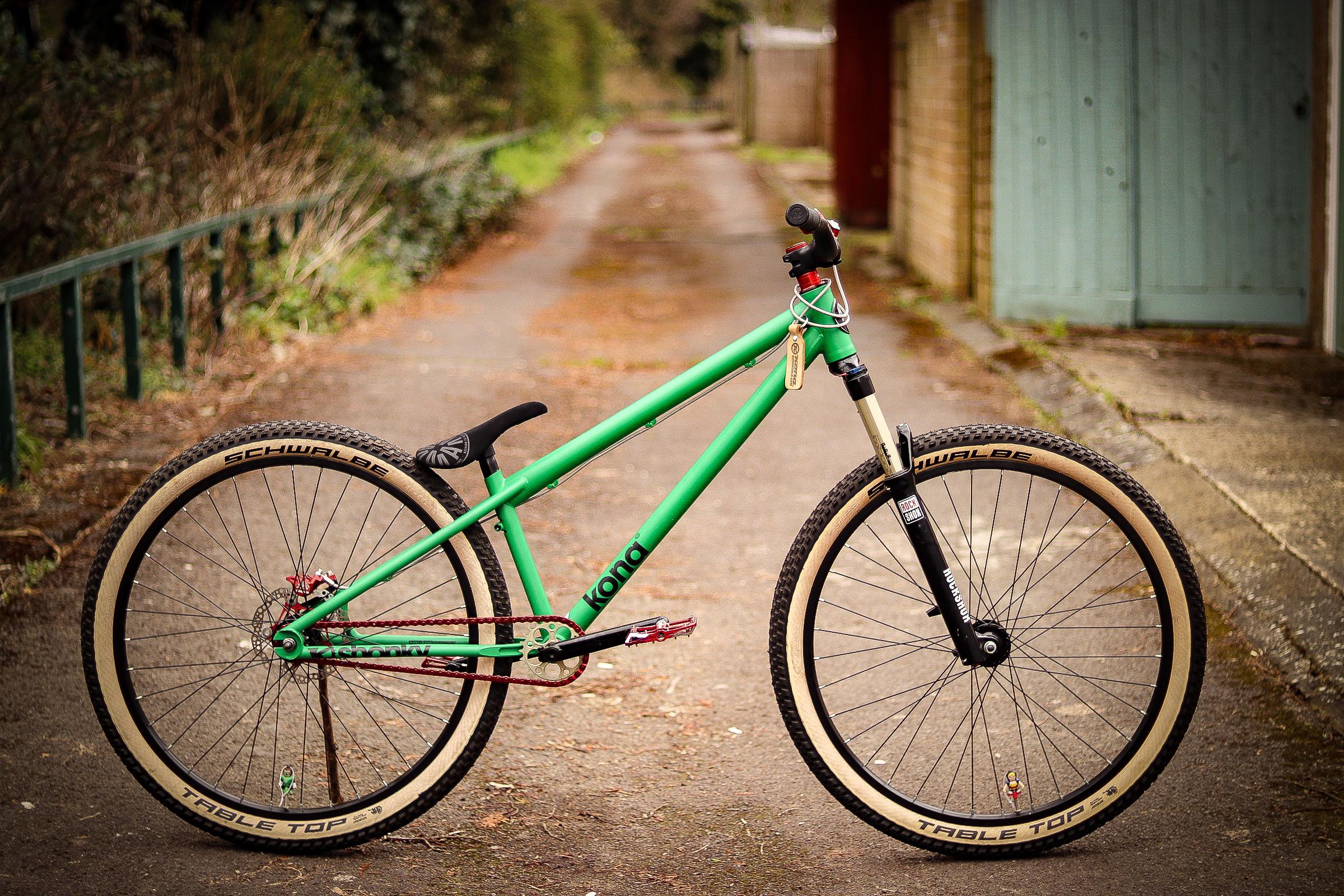Kona Dream Builds: Martin's mean, Green Dirt Jump Machine