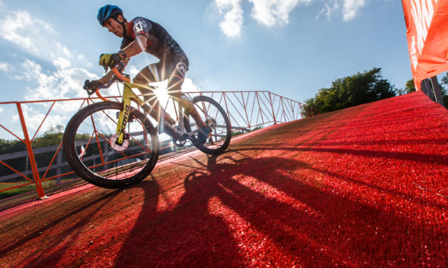 Jingle Cross, The World Cup Kick-Off