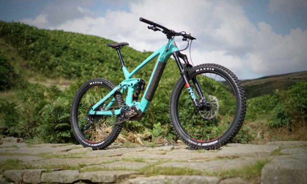 "Singletrack Post Their First Impressions of the Remote 160 ""Kona has taken the big hit DNA of the Process, shaken it up with a little Remote CTRL and the finished article is this, the 2020 Kona Remote 160."""