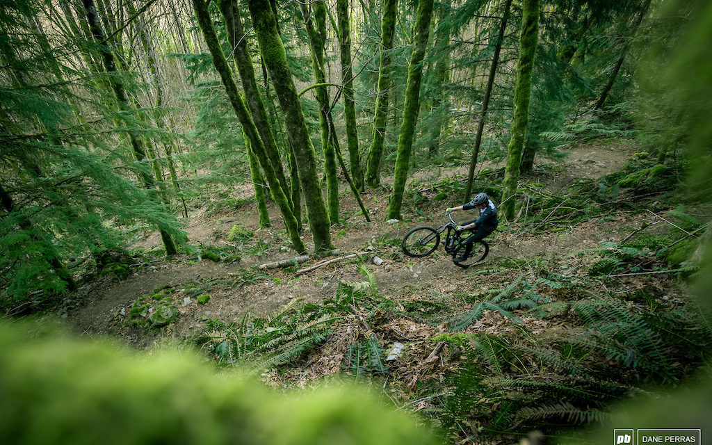 Pinkbike Rides the Hei Hei CR DL